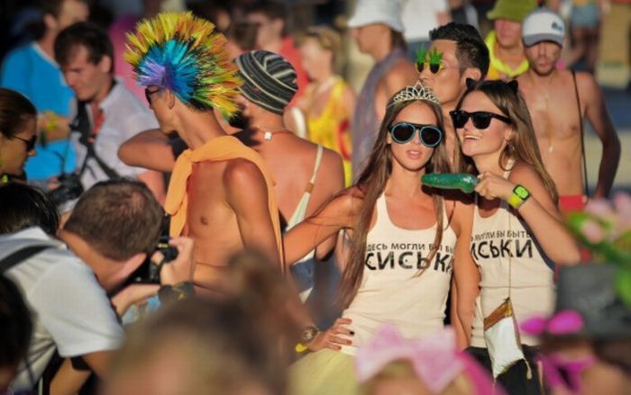La rave/festival más loca del mundo: KAZANTIP