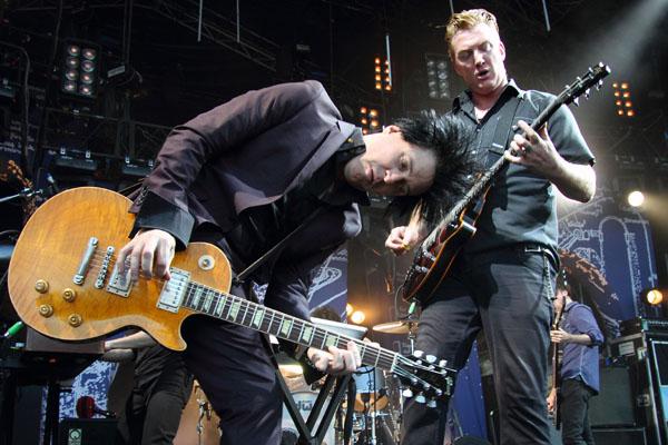 Setlist, concierto completo y nuevo tema de Queens Of The Stone Age en Lollapalooza.