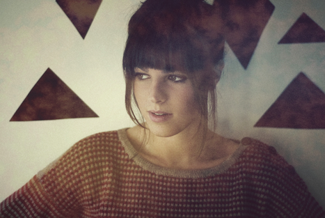 "VÍDEO: Melody's Echo Chamber, ""Some Time Alone, Alone"""