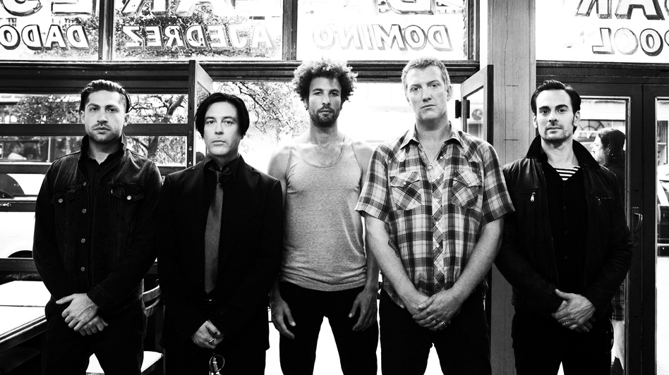 "Concierto completo de Queens Of The Stone Age presentando ""…Like Clockwork"""
