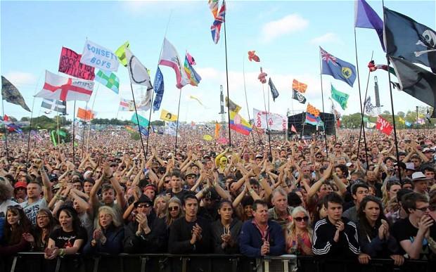 VÍDEOS: 3º y último día de Glastonbury. Nick Cave, Smashing Pumpkins…