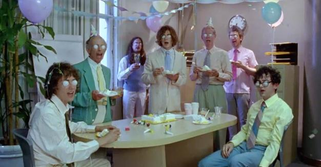 """Your Life Is A Lie"", nuevo vídeo de MGMT"