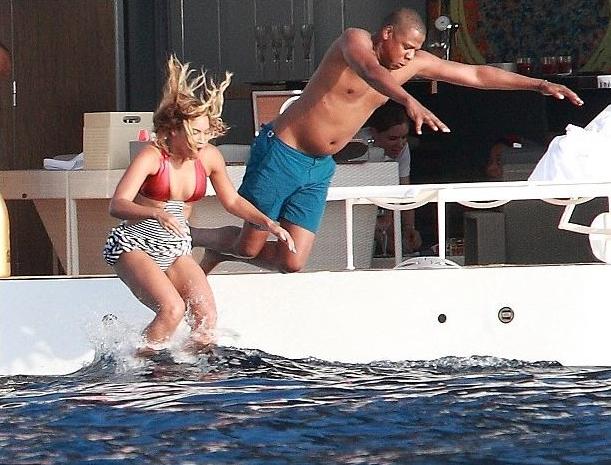 Jay Z saltando a la piscina: Los mejores memes
