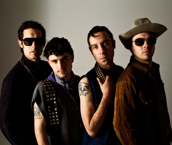 "En streaming ""Underneath The Rainbow"", el nuevo álbum de Black Lips"
