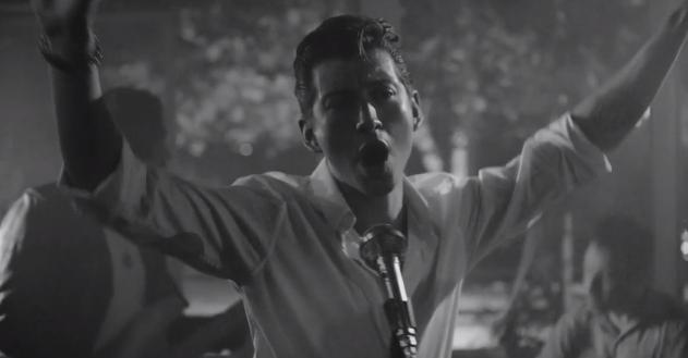 Arctic Monkeys + sexo, drogas y rock and roll, en su nuevo vídeo