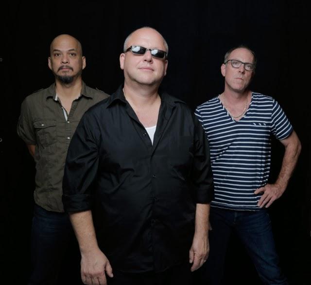 """Pixies publican su primer """"álbum"""" en 23 años y estrenan tema"""