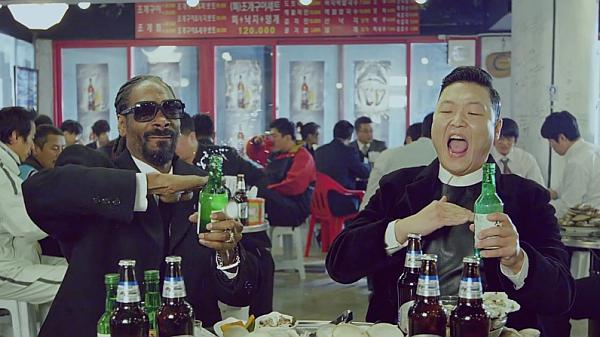 """¿Es """"Hangover"""" de PSY la peor canción del año?"""