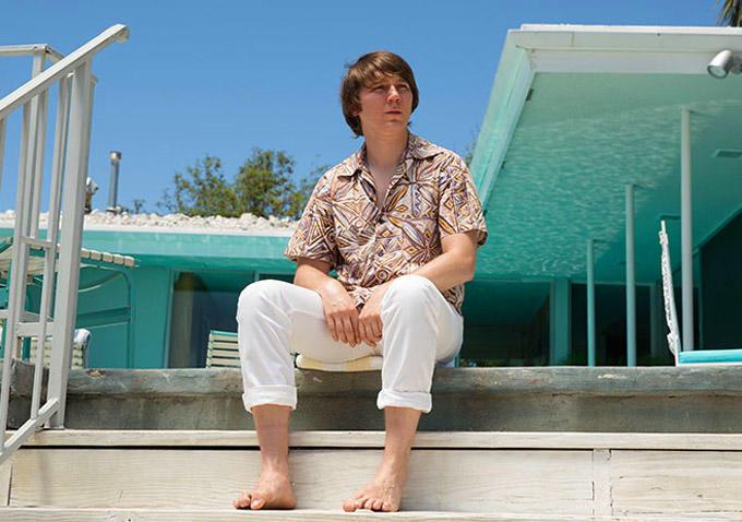 Esta es la primera imagen de Paul Dano como Brian Wilson (Beach Boys)