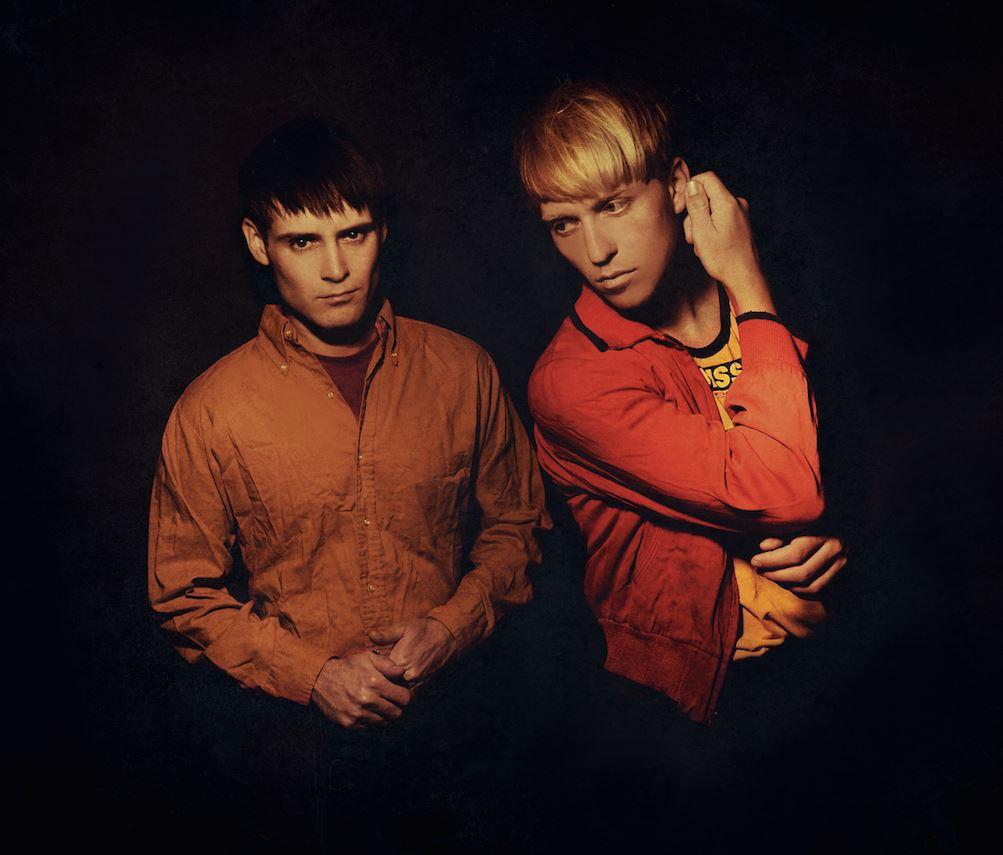 "The Drums estrenan nuevo single, ""Magic Mountain"""