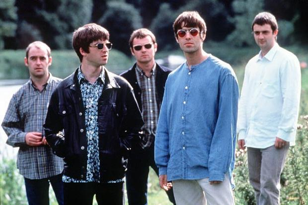 "Escucha la demo de ""She's Electric"" de Oasis"