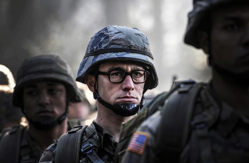 Estas son las primeras fotos de Joseph Gordon-Levitt como Edward Snowden