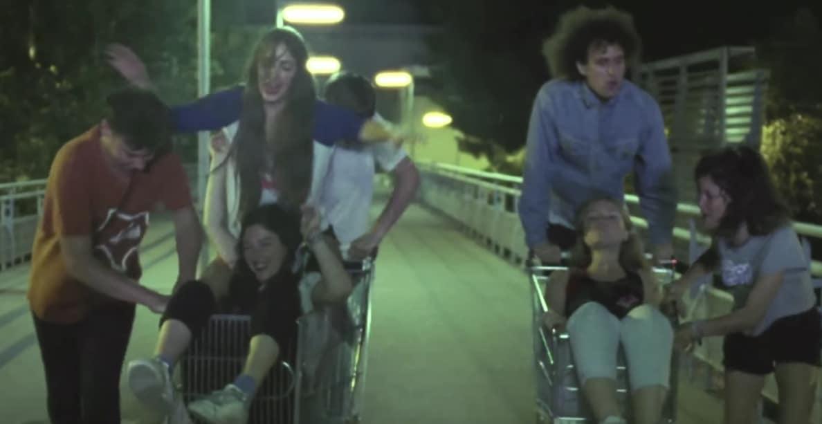 The Parrots y Hinds, unidos y felices en su nuevo vídeo
