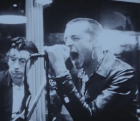 "The Last Shadow Puppets presentan ""Bad Habits"", su nuevo single"