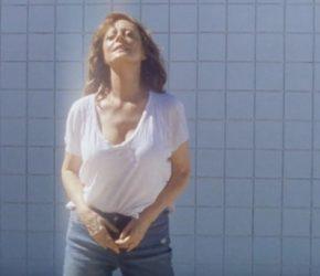 """Susan Sarandon protagoniza """"Fire"""", el nuevo vídeo de Justice"""