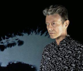 """David Bowie y la eternidad: estrena nuevo EP, """"No Plan"""", y vídeo"""