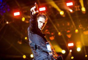 """La nueva canción de Muse, """"Dig Down"""", es el mojón que esperabas"""
