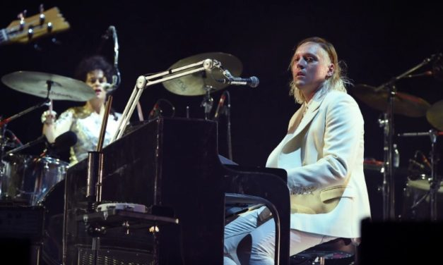 Arcade Fire versionaron a John Lennon en Lollapalooza