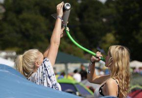 ¿Es esta la mejor técnica para colar alcohol en un festival?