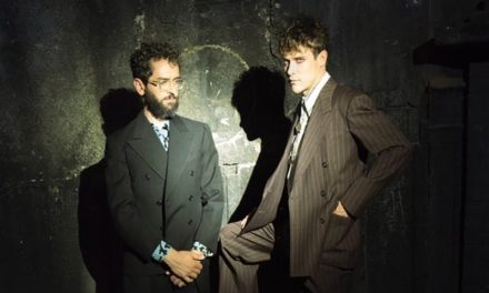 "MGMT inician 2018 con nuevo single, ""Hand It Over"""