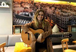 """Entrevista a Manuela Vellés: """"Mi sueño es ganar un Goya por mi música"""""""