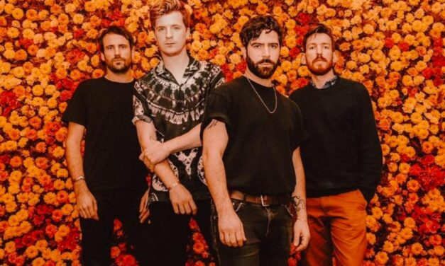 Foals lanzan la segunda parte de Everything Not Saved Will Be Lost