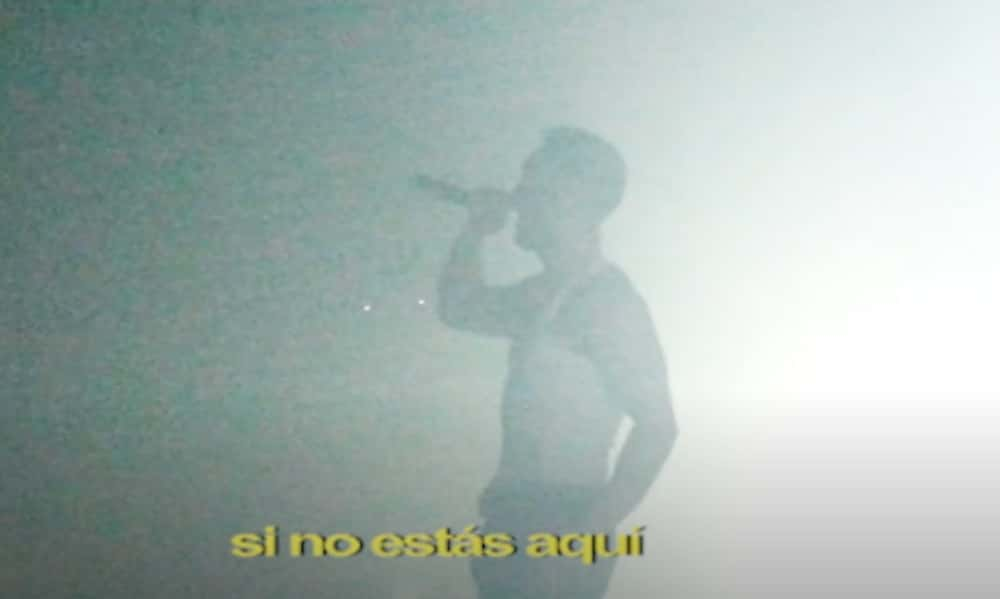 """C. Tangana parafrasea a Rosario y Alejandro Sanz en """"Nunca Estoy"""", su nuevo hit"""