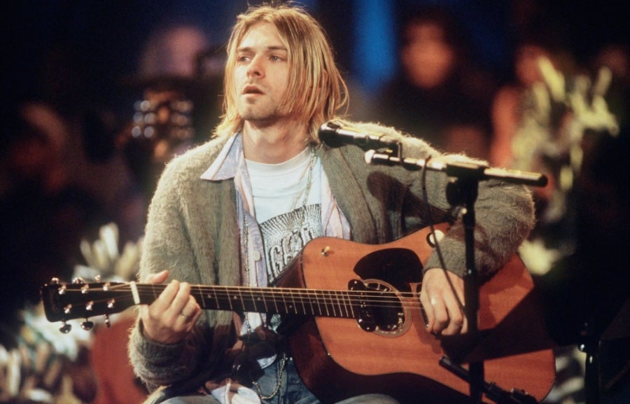 La guitarra de Kurt Cobain obtiene el récord de guitarra más cara de la historia