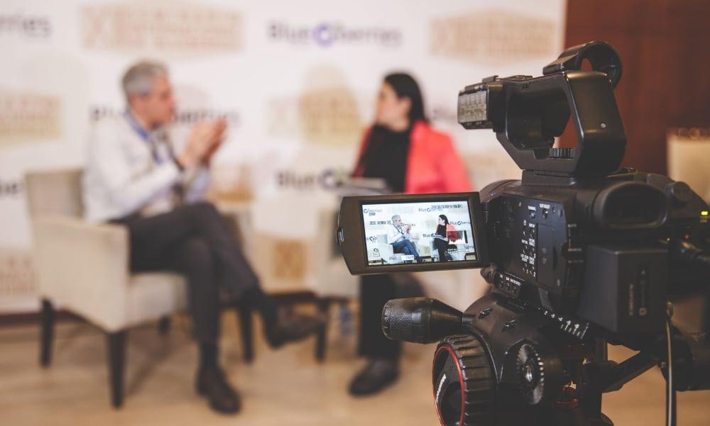 Entrevista y Streaming