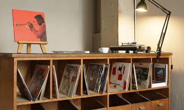 Proper Sound, el local para los amantes del café, el vino y la música en Madrid