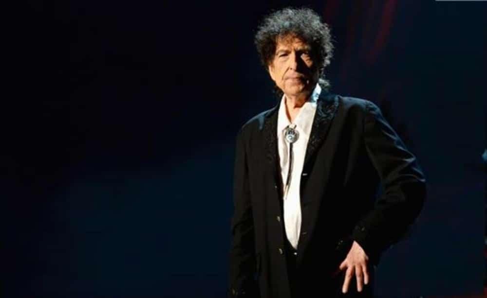 Bob Dylan vende su música a Universal Music por más de 200 millones de euros