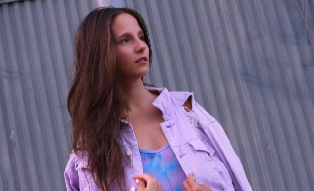 Jandry Palms presenta su tercer single, «Thinking Of You»