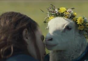 Así es el inquietante trailer y cartel de la película Lamb (2021)