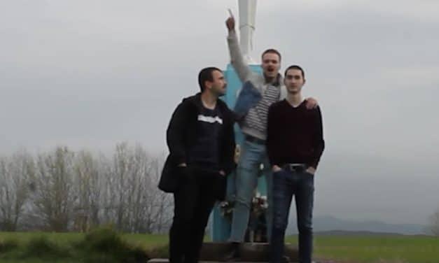 Tatxers harán que quieras aprender euskera para corear sus canciones